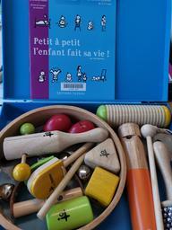 Malle instruments pour les petits |