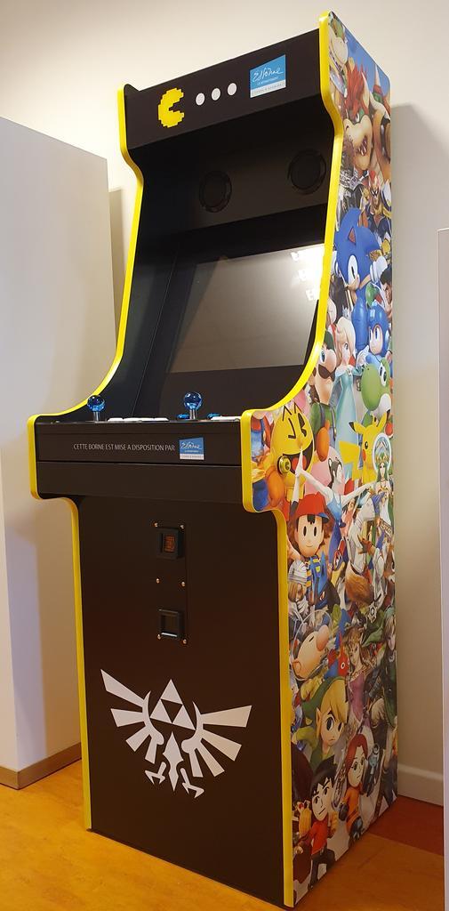 Borne d'arcade: habillage Nintendo  